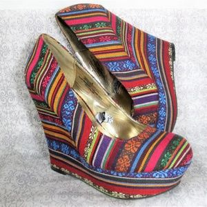 Mossimo Tribal Stripes Multi Color Wedges